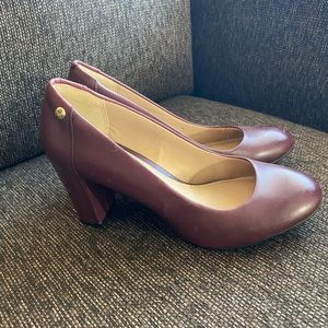 "Brand new HUSH PUPPIES ""Sisany"" Pumps sz. 6.5"